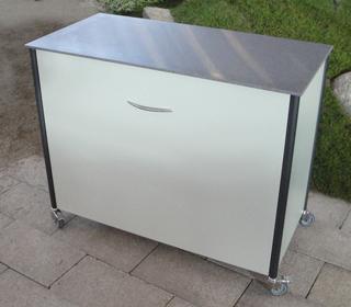 Sideboard als Kissenwagen mit Schublade – Barwagen – mobile Bar – Grillwagen