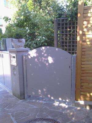 HPL Gartentor Verkleidung