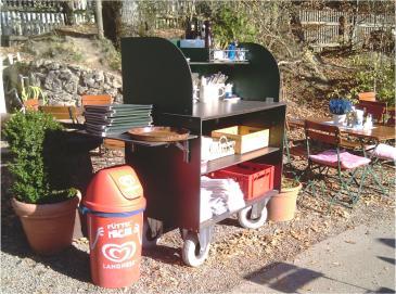 Fahrbarer Servierwagen für Terrasse und Biergarten
